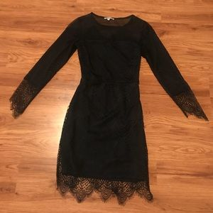 Lace and mesh 3/4 sleeve dress